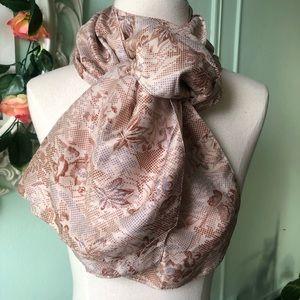 2 scarves x 40$❗️Cream floral vintage silk scarf.